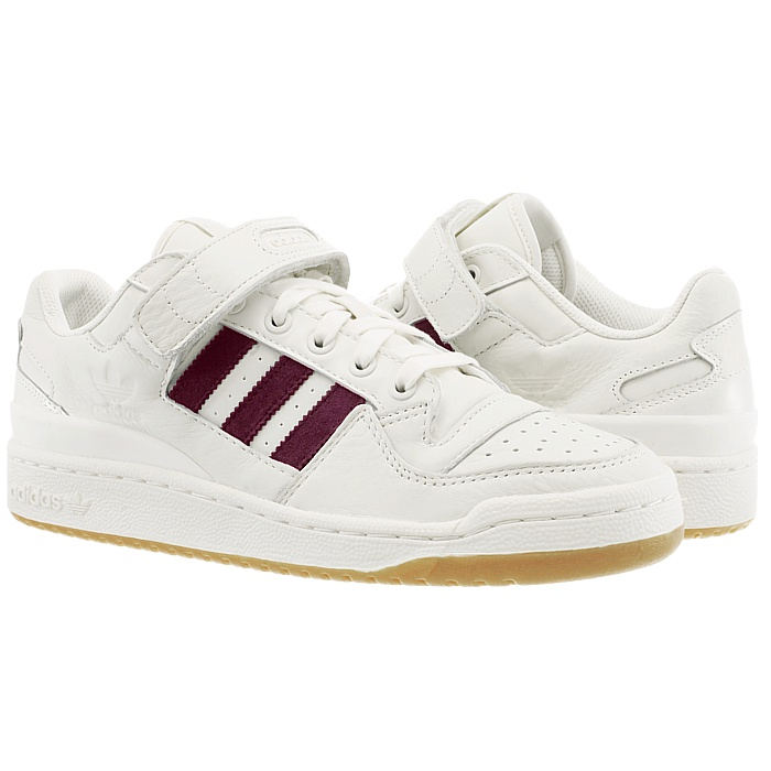 new concept 85d63 ae285 The forum entered the basketball field for the first time in 1985 and has  become a real must-have since then. The casual cut and the leather straps  bring ...