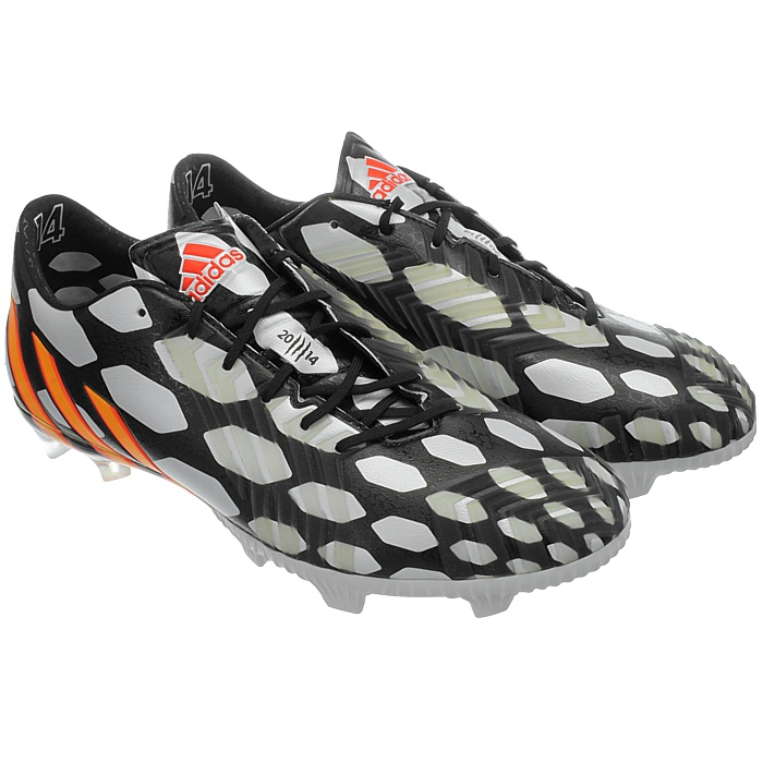aff21feeac66 Five lethal control zones provide unmatched precision. The upper combines  the benefits of leather and synthetics. And the Predator technology in the  ...